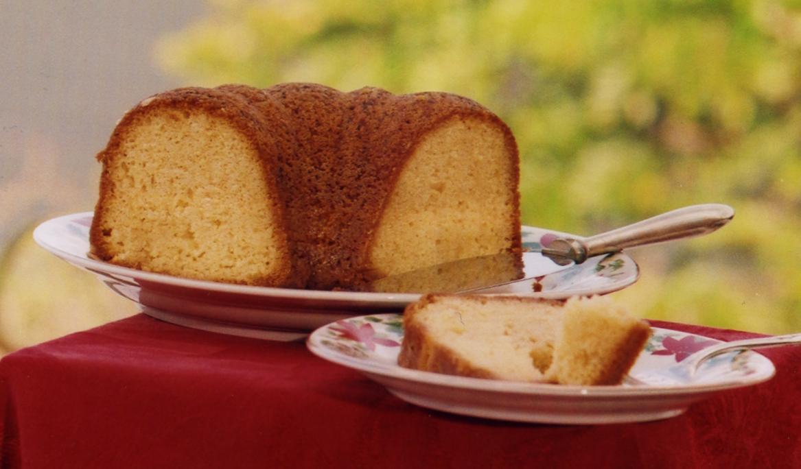 Aunties Rum Cake